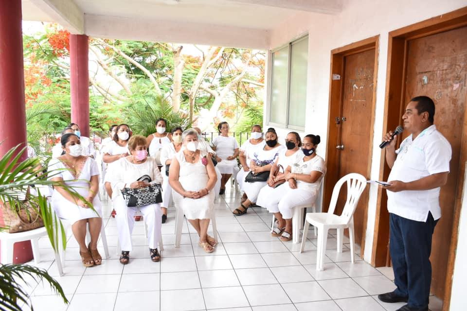 Realiza DIF Cárdenas clausura de fin de curso de su Academia y del área de Desarrollo Comunitario.